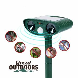 GREAT OUTDOORS TM Animal Repeller